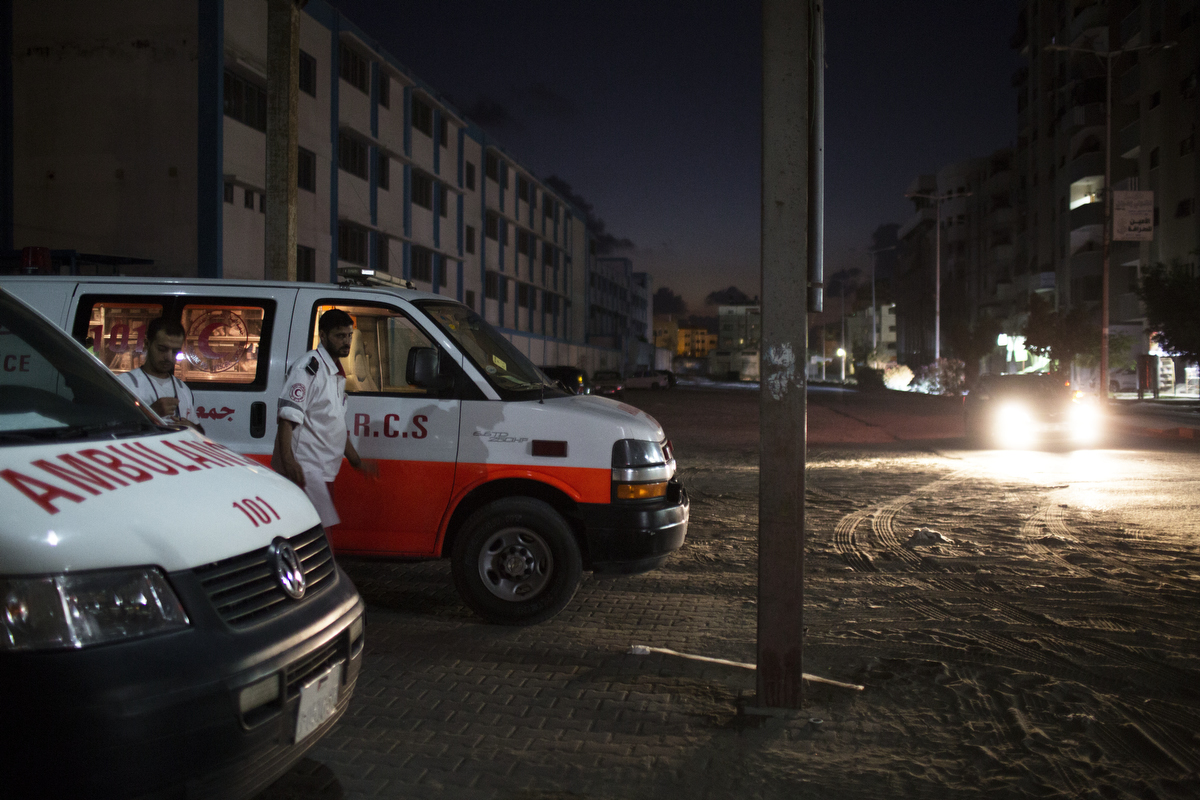 GAZA_WAR_AMBULANCE_2014_07_19_20392