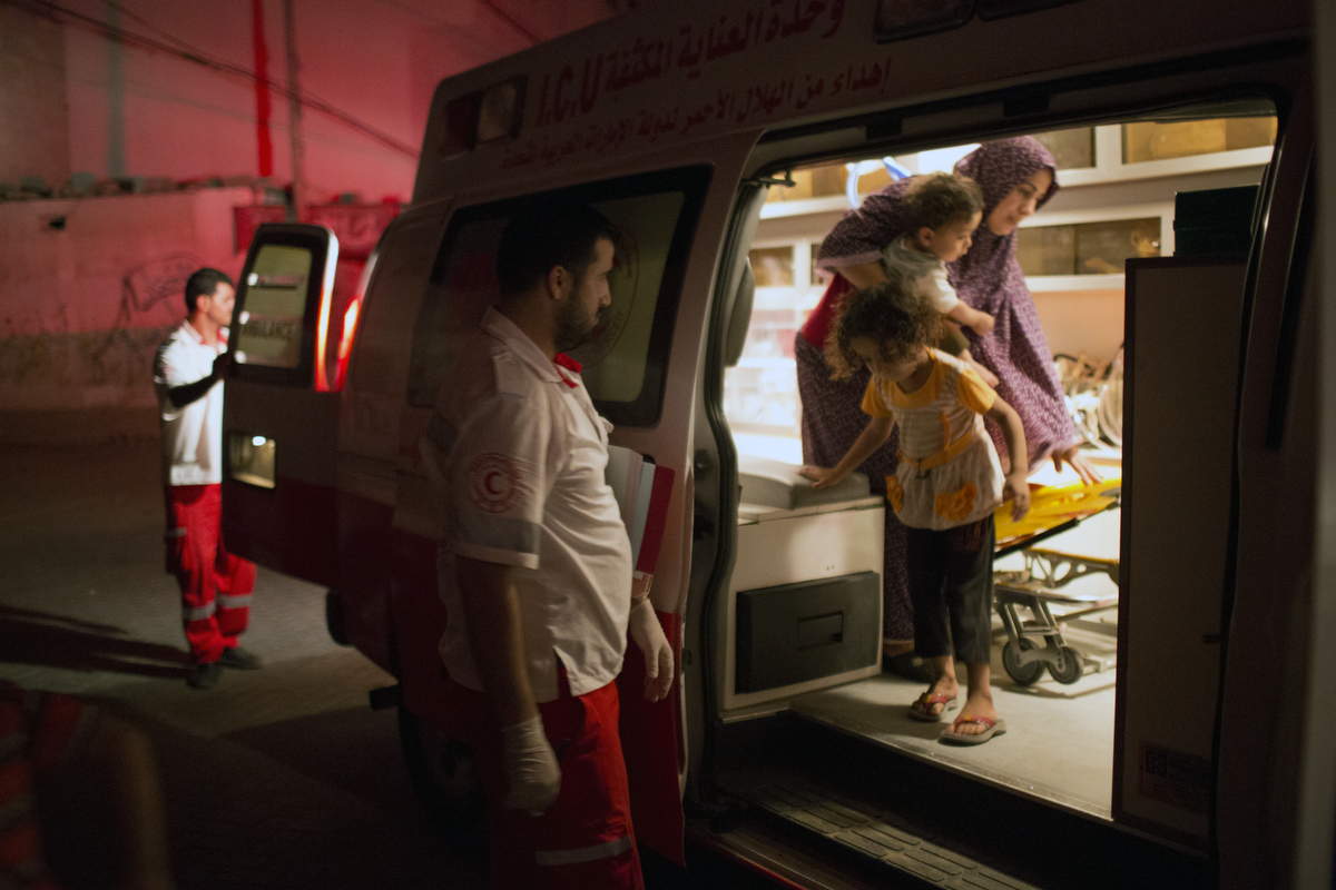 GAZA_WAR_AMBULANCE_2014_07_19_20528