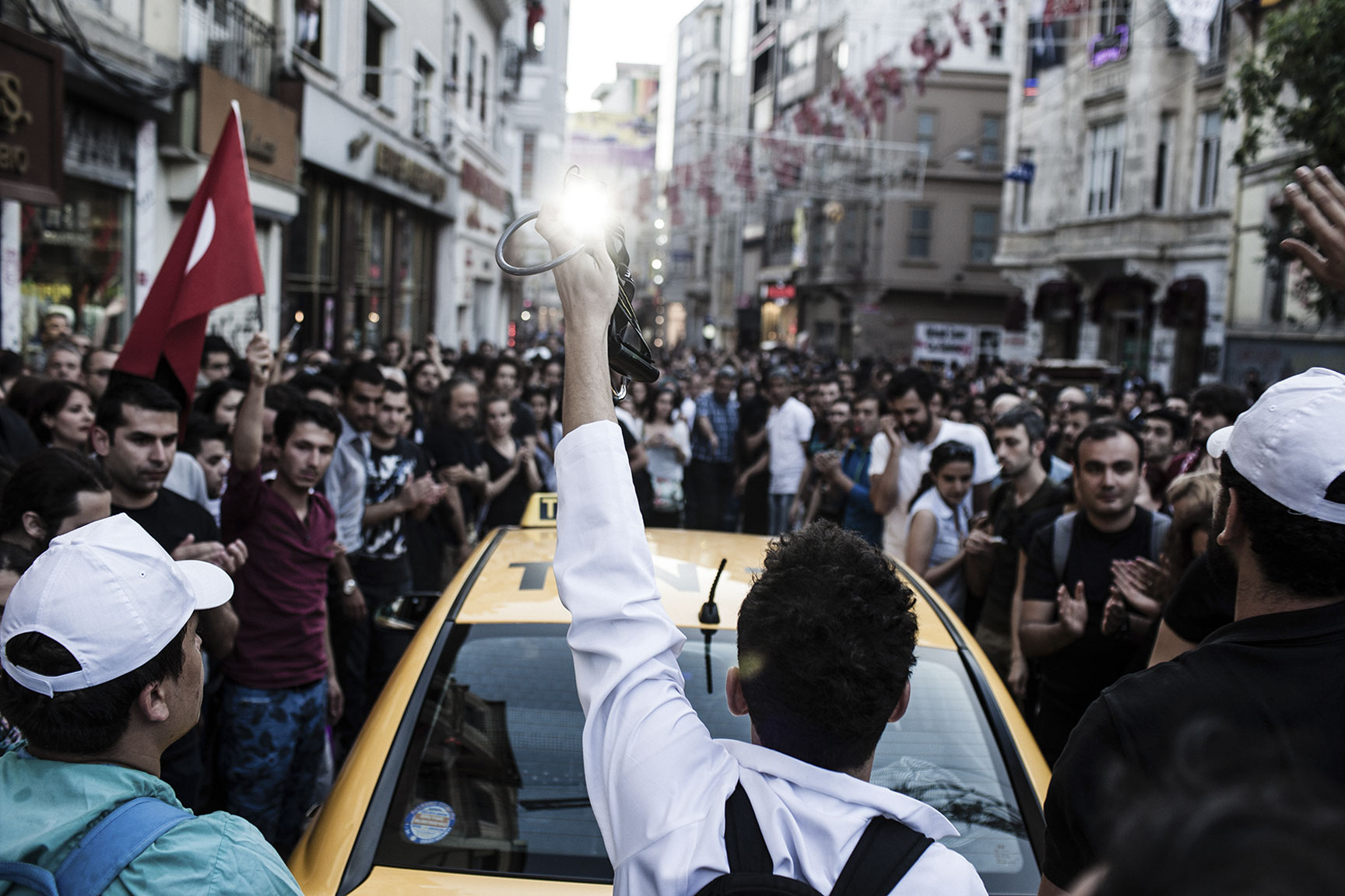 TURKEY_ISTANBUL_CLASHES_DOCTORS_20130604_4263.jpg